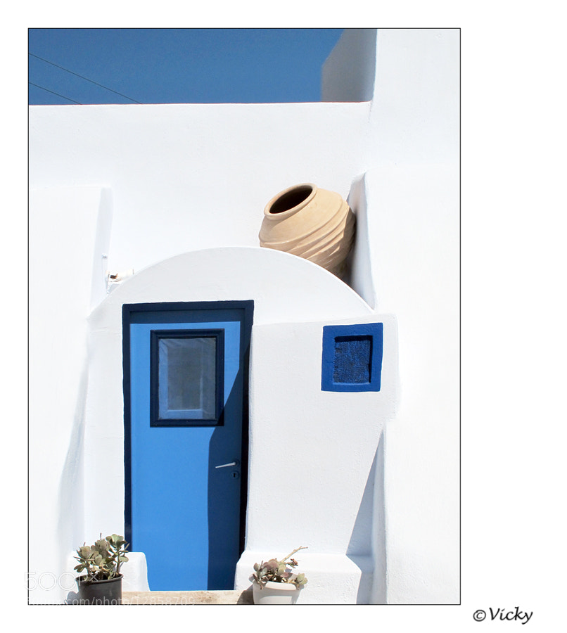 Photograph blue door, Santorini by Vicky Dens on 500px