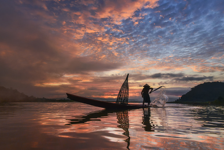 The fisherman by Saravut Whanset on 500px.com