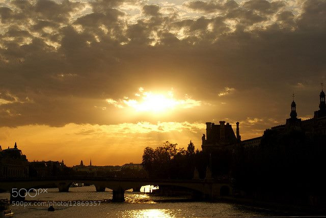 Photograph Sunset on Pont des Arts by Sawssan Ta on 500px