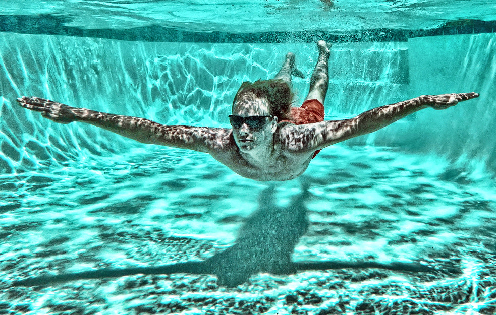 Photograph Underwater Cool by Jeff Clow on 500px