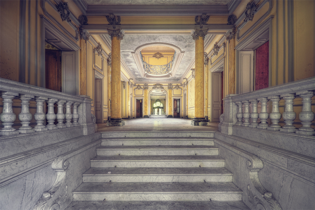 Photograph Entrance Hall by Benjamin W. on 500px