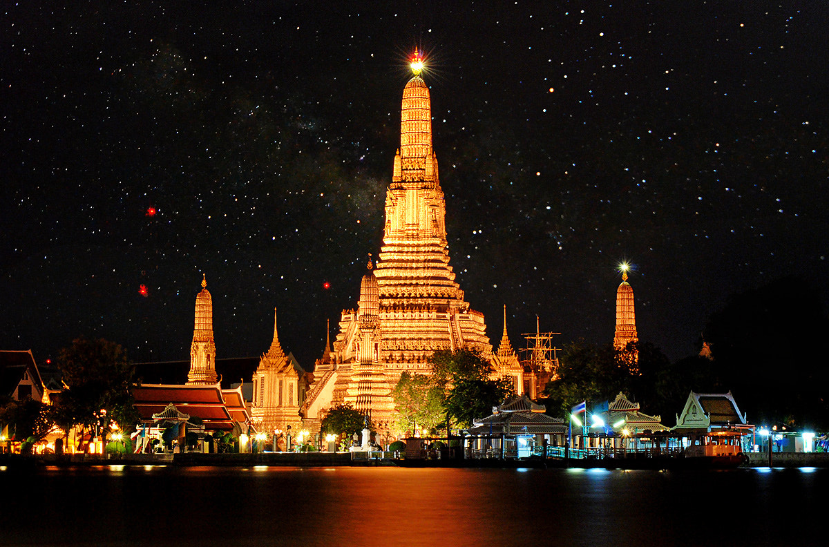 Photograph  Wat Arun (The Royal Temple of Dawn) by SaSsY WiTCH on 500px
