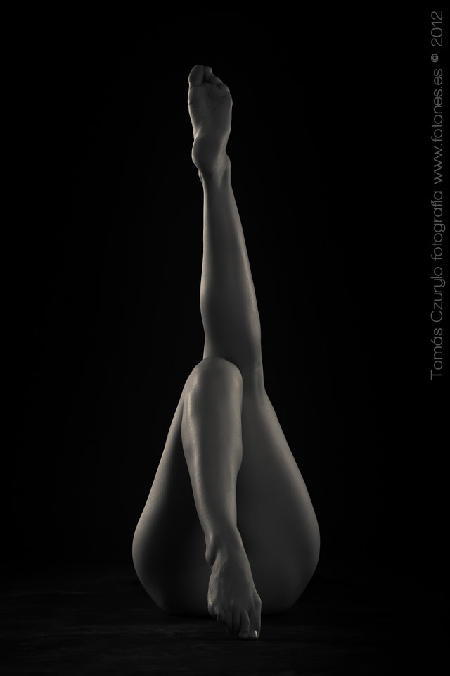 Photograph Legs by Tomás Czurylo Fotografía on 500px