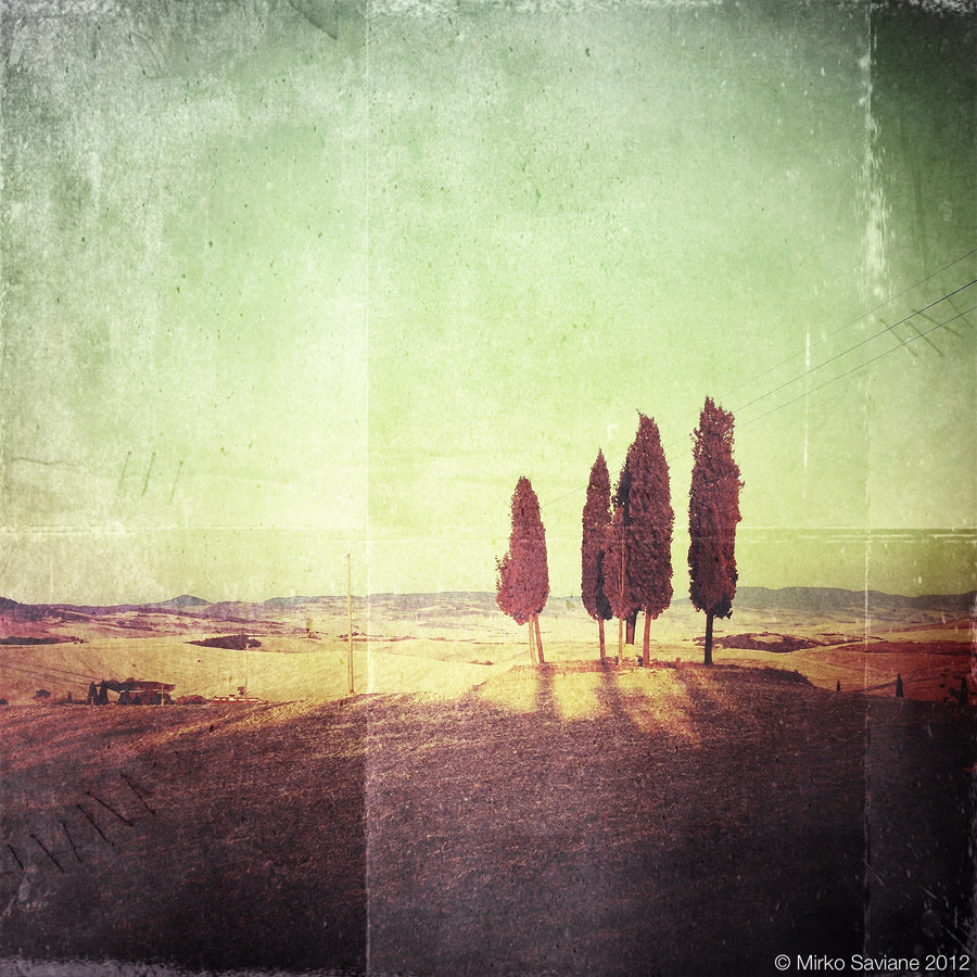 Photograph iPhoneography #3 - Val d'Orcia by Mirko Saviane on 500px