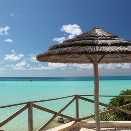 Beach Resort overlooking Turquoise Waters