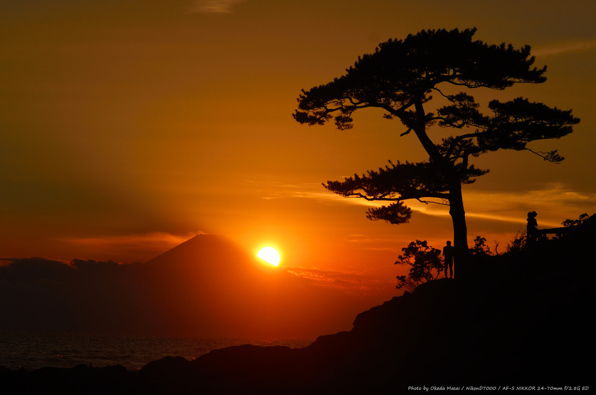 Photograph Lovers & Mt.Fuji by Masai Okeda on 500px