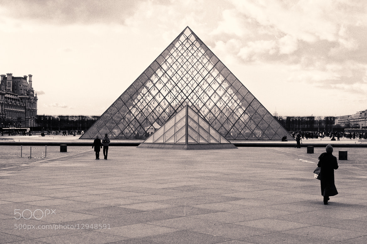 Photograph Louvre by Pablo Rodriguez on 500px