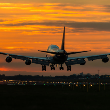 Boeing 747 approach