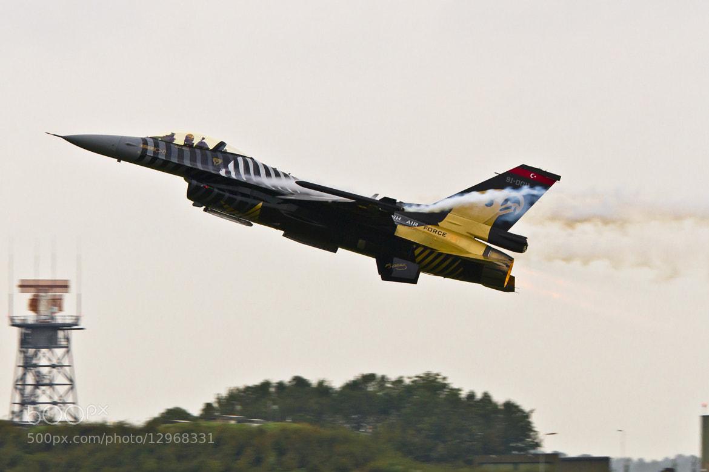 Photograph F-16 Turkish-Airforce by Markus Hülsbusch Sportsphotography on 500px