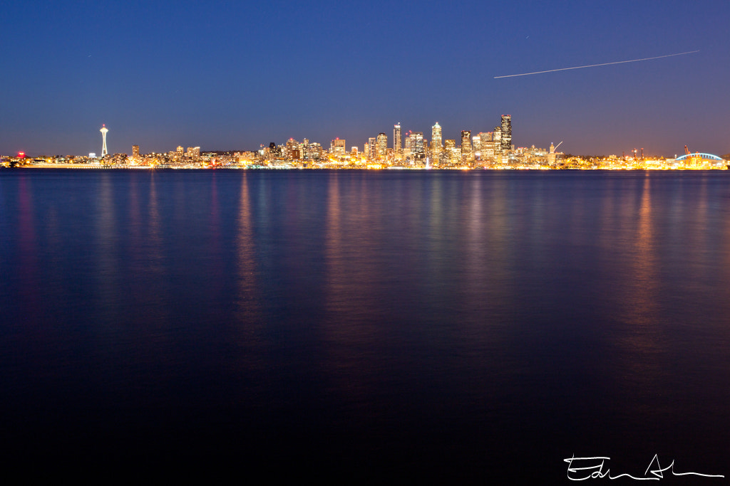 Photograph Nightfall over Seattle by Edwin Abedi on 500px