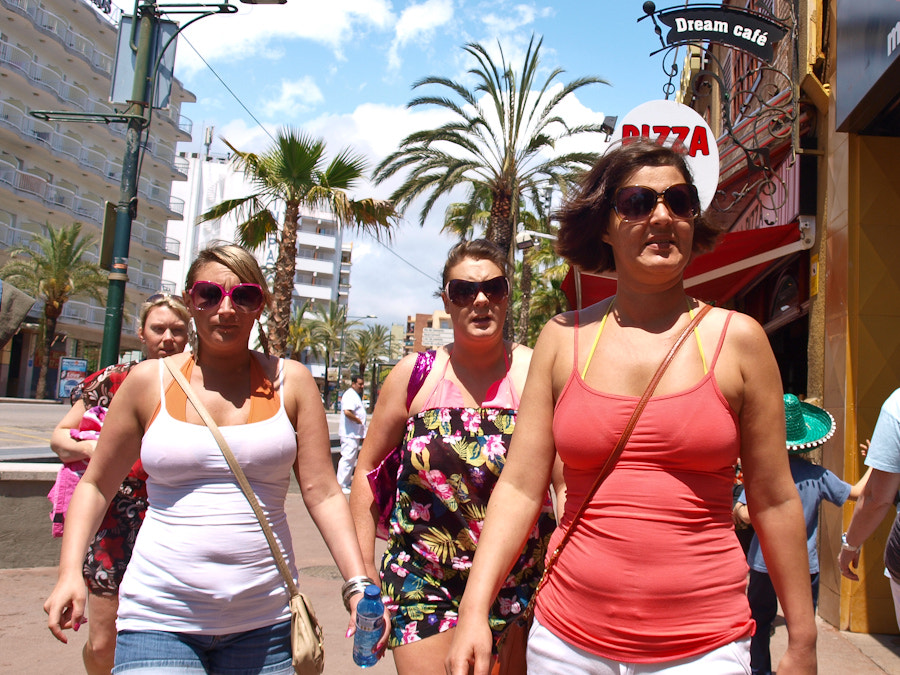 Photograph Girls in Lloret by Albert Castelló on 500px