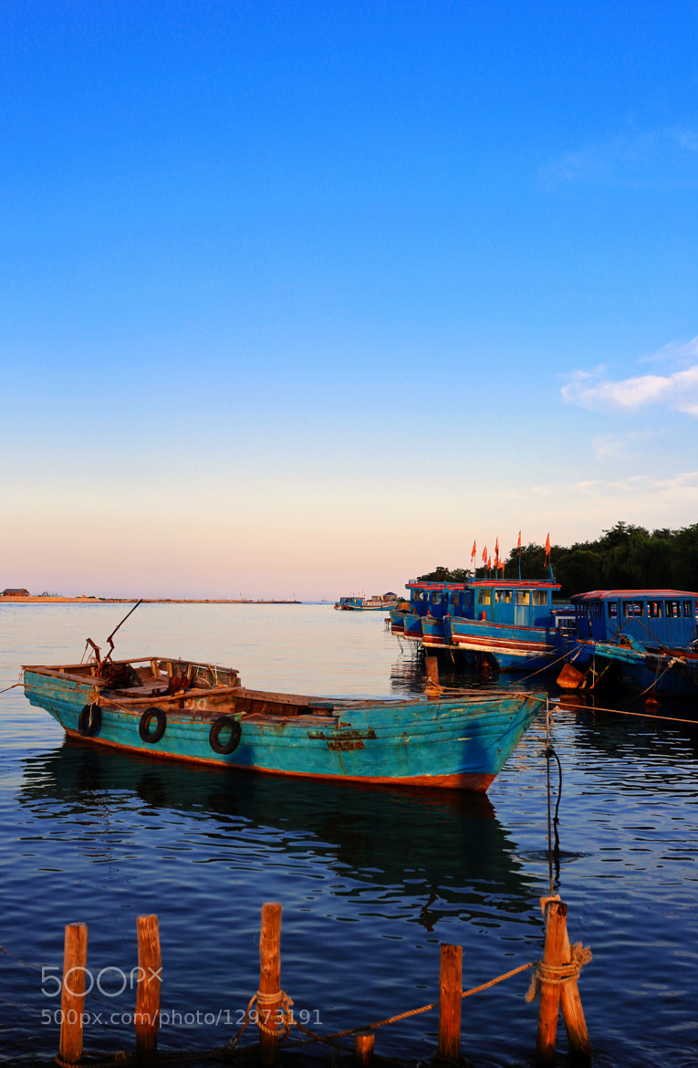 Photograph Beidaihe fishing vessels by Qi Zhi on 500px