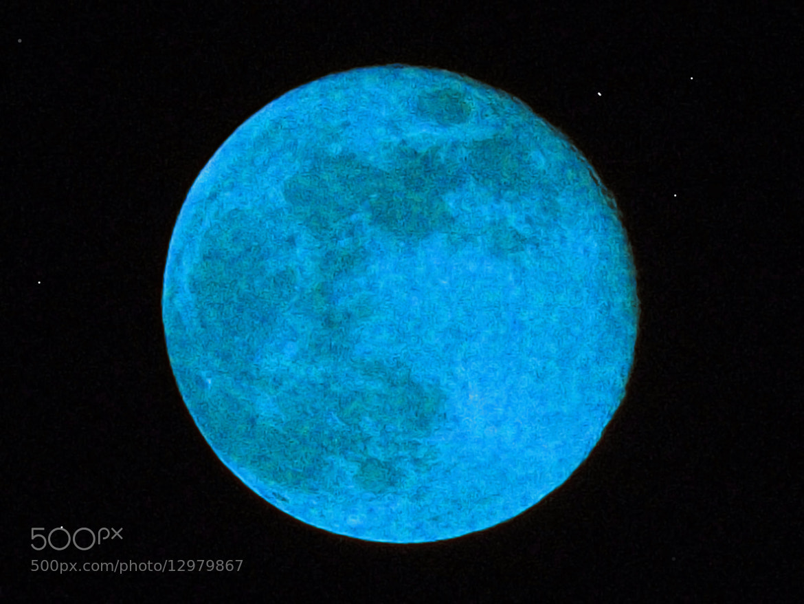 Photograph My blue Moon by Javier Aguilar on 500px