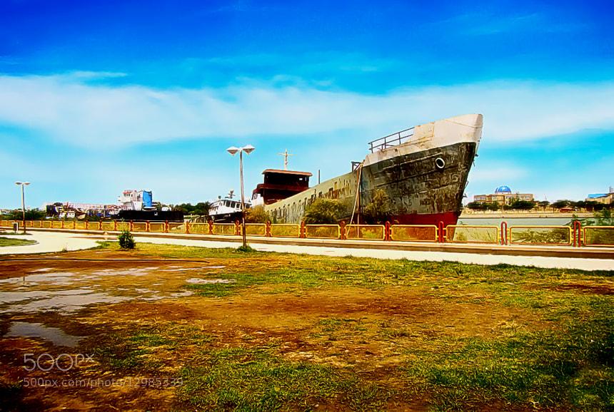 Photograph shipwrecked by Rezvan Irani on 500px