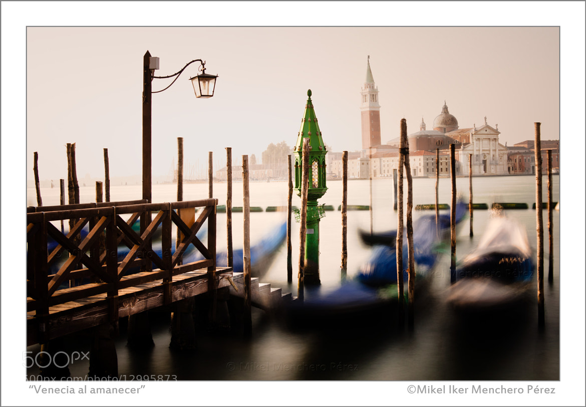"Photograph ""Venecia al amanecer"" by Mikel Menchero on 500px"