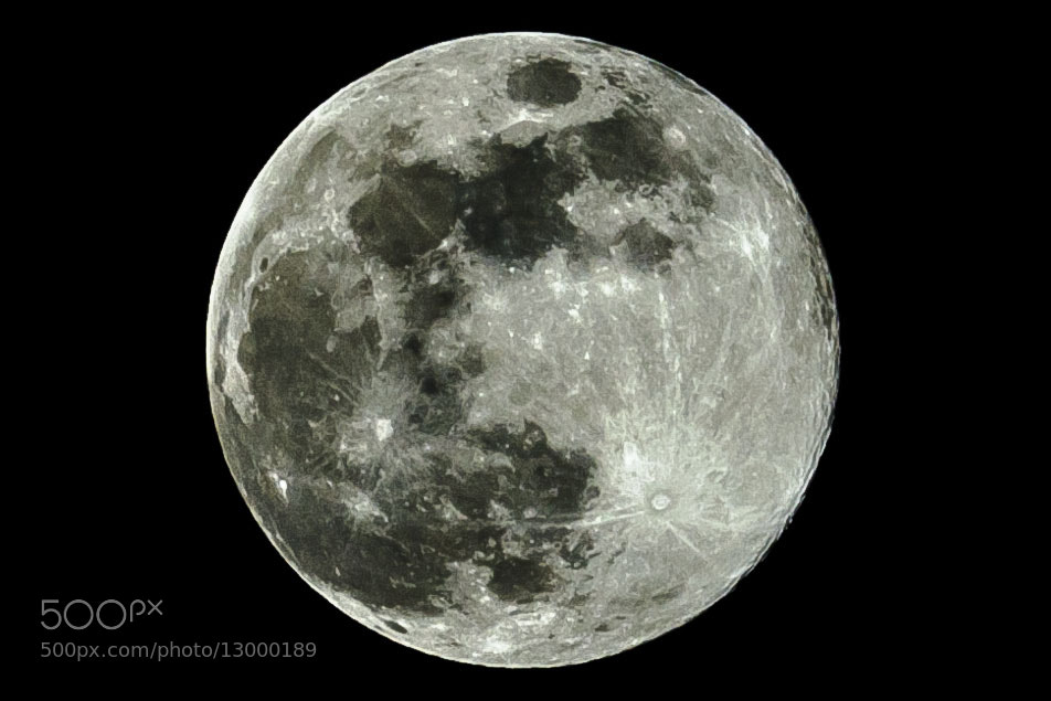 Photograph Full moon by Fotugraphar Quazi on 500px