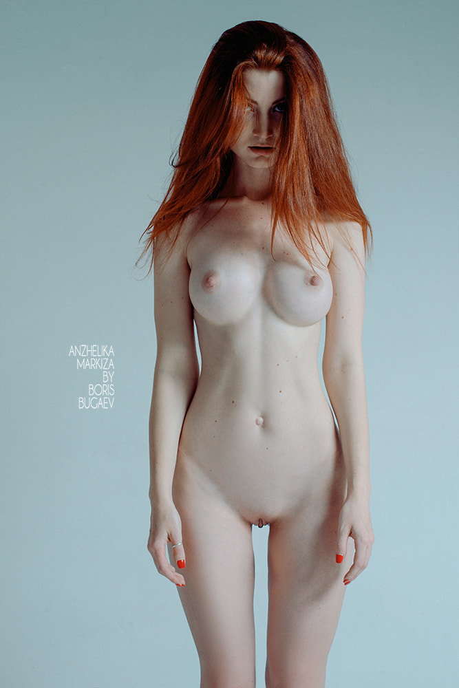 naked girls with legs wide open