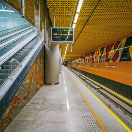 Subway in Warsaw III, Canon EOS 5D, Canon EF-S 10-22mm f/3.5-4.5 USM