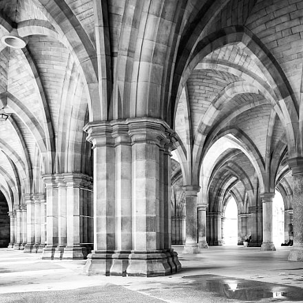 The cloisters at Glasgow, Canon EOS 5D MARK III, Canon EF 16-35mm f/2.8L II USM