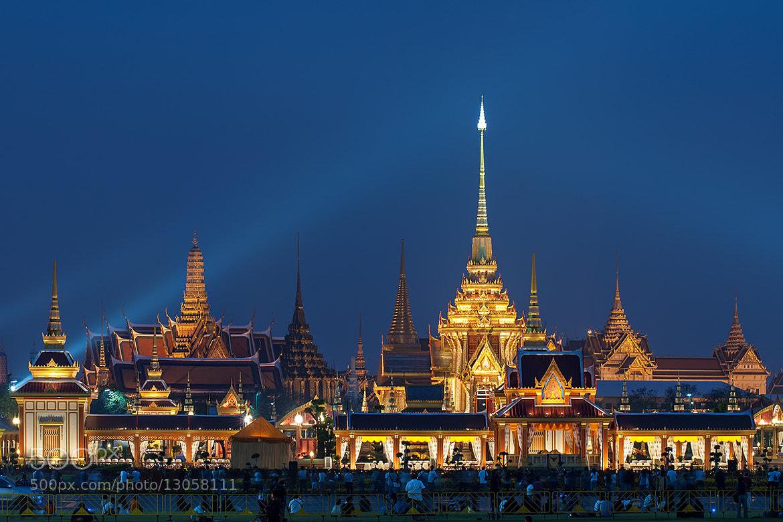 Photograph Thai royal crematory by Tonnaja Anan Charoenkal on 500px