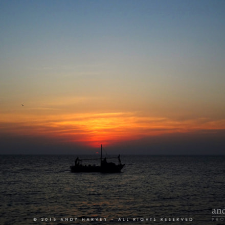 Sailing at sunset, Sony DSC-WX70