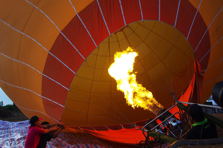 Photograph Balloon by Frank Dang on 500px