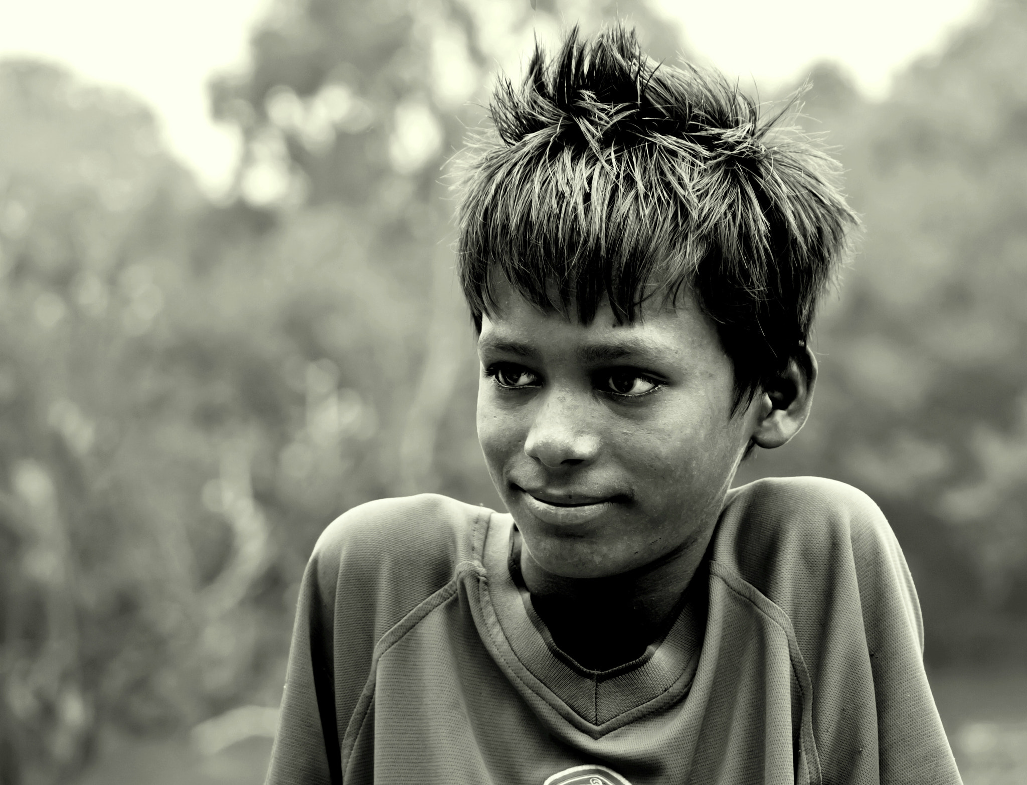 Photograph My model agrees to smile.. by Samrat  Mukhopadhyay on 500px