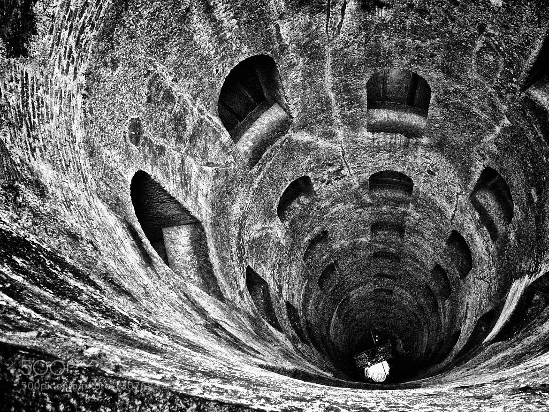 Photograph Pozzo di San Patrizio - Orvieto by Angelo Presenza on 500px