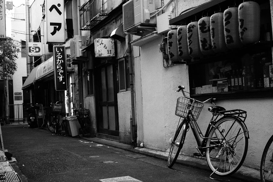 Alley by Kyosuke Sawazaki on 500px.com