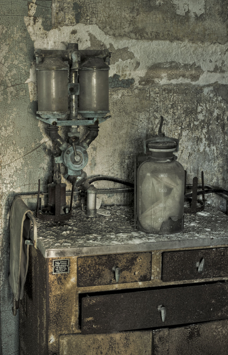 Photograph **BILE SUCK PUMP** by Rich Zoeller on 500px