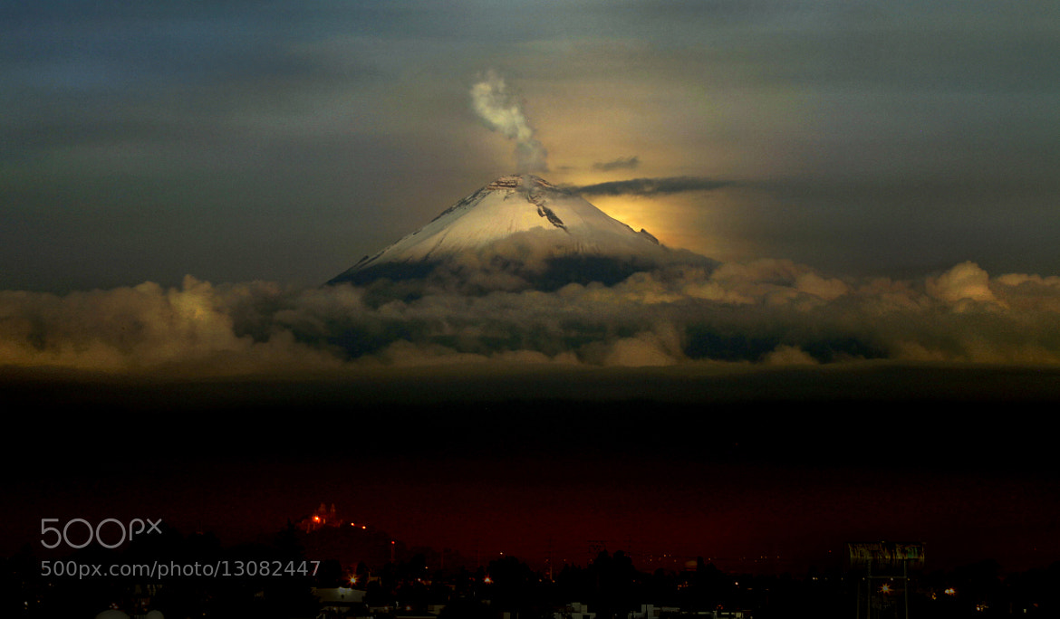 Photograph Smoking and waiting for the sunrise by Cristobal Garciaferro Rubio on 500px