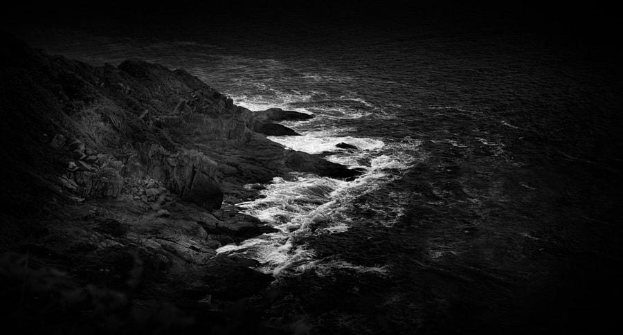 The Rocks and The Sea - III