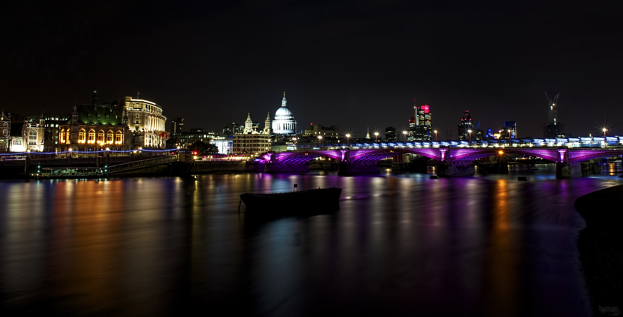 Photograph London Thames 01 by graphite .website on 500px
