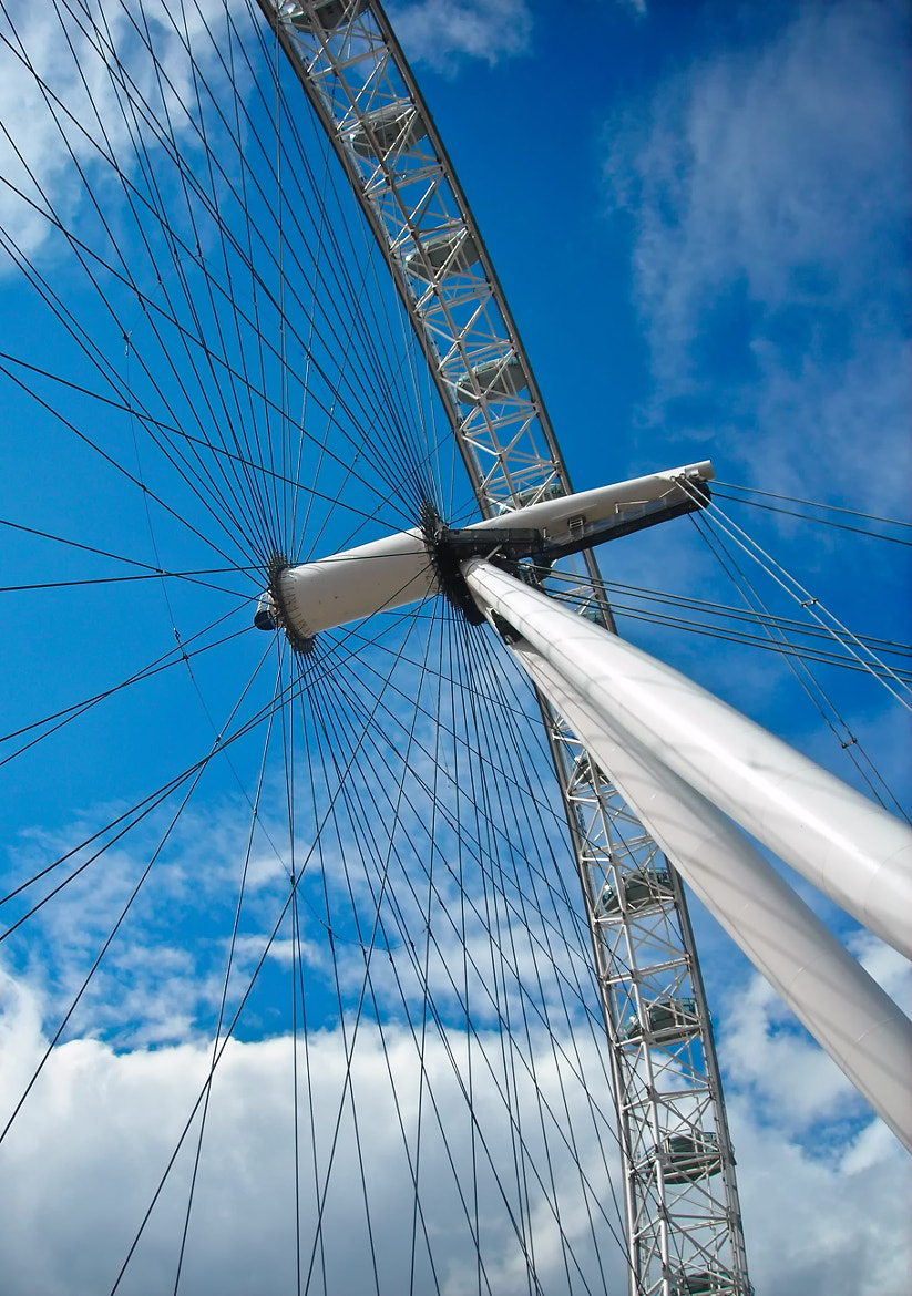 Photograph London Eye by Fabrizio Iacoviello on 500px
