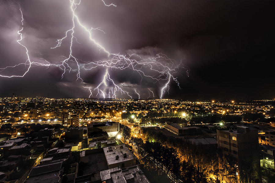 City on the fence lightning by Yashar Azari on 500px