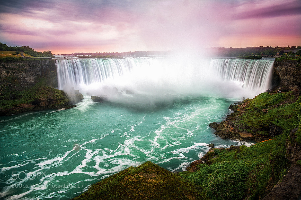 Photograph Horseshoe Falls, Canada. by Michael Lanzetta on 500px