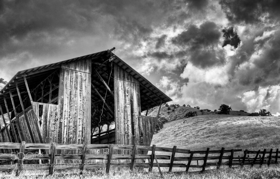 Photograph Barn Storm (ii) by Joseph Fronteras on 500px
