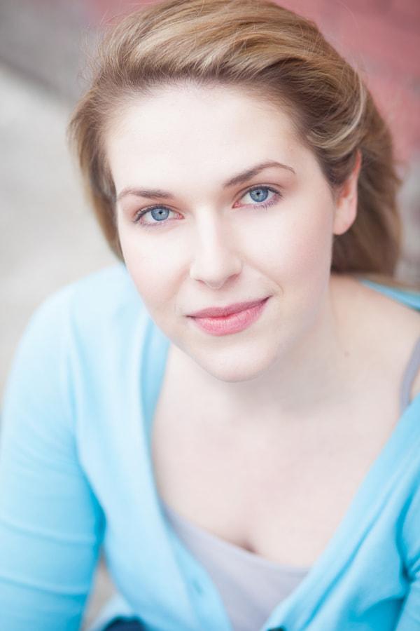 Stephanie Curtis Live