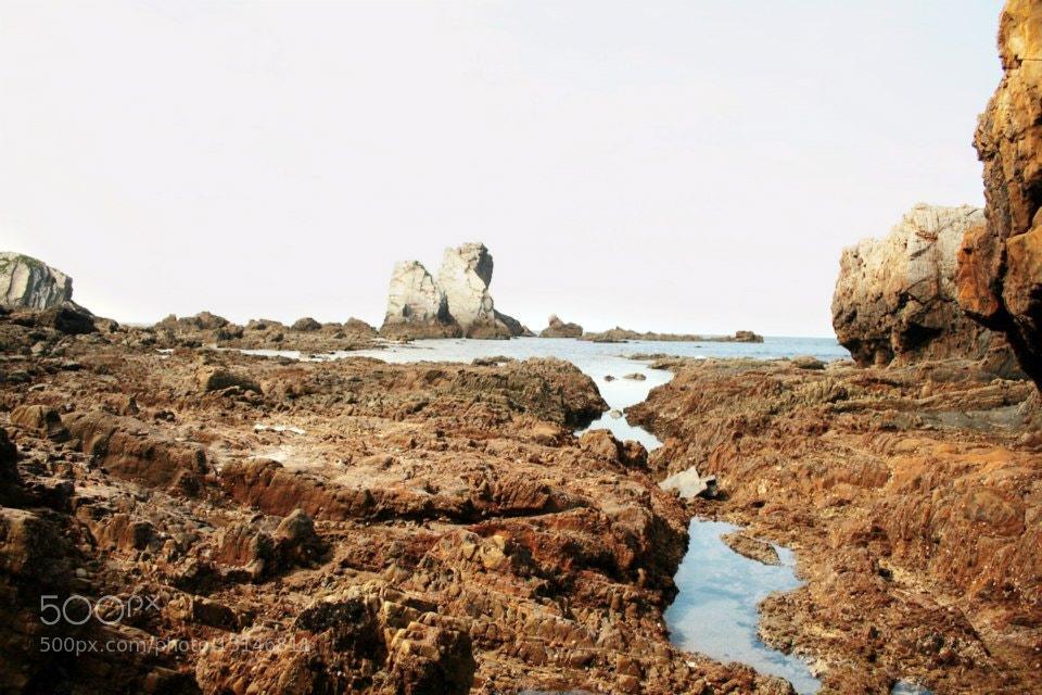 Photograph On the rocks by Fotomobil La Primera Central on 500px