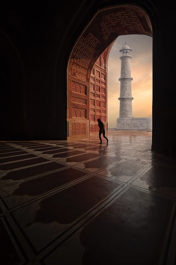 This shop have been taken from my last visit to Taj Mahal, India by Mohammed Abdo on 500px.com