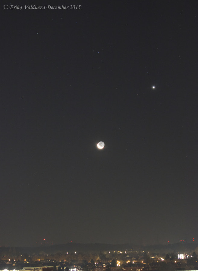 Moon and Venus by erika valdueza on 500px.com