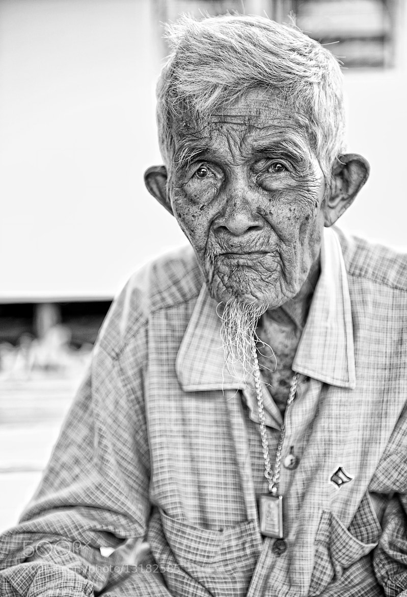 Photograph Thai's Portrait. The Old Kind Man. by Giò Tarantini on 500px