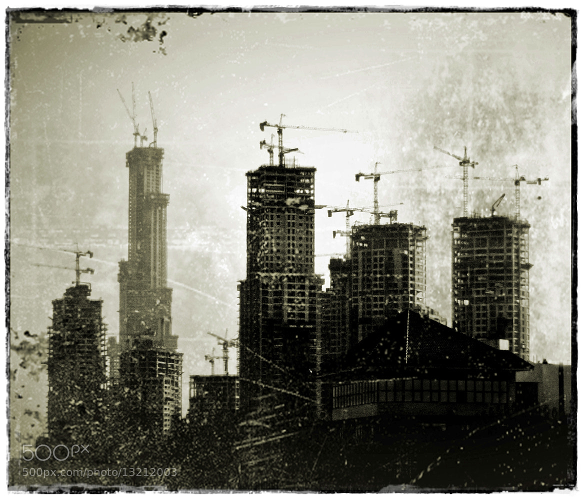 Photograph En construcción by Luis Mariano González on 500px