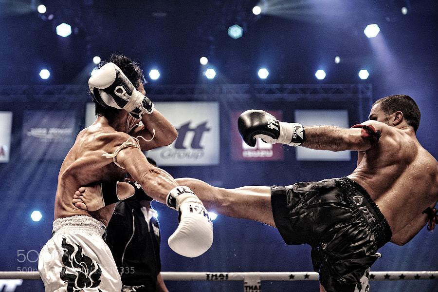 Photograph Critical Hit!!! by Taradol Chitmanchaitham on 500px