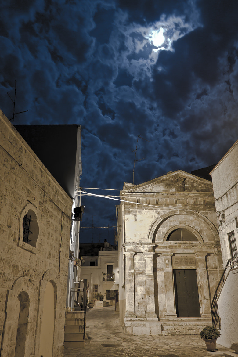 Photograph Walking in Casamassima by Nadia Sardone on 500px