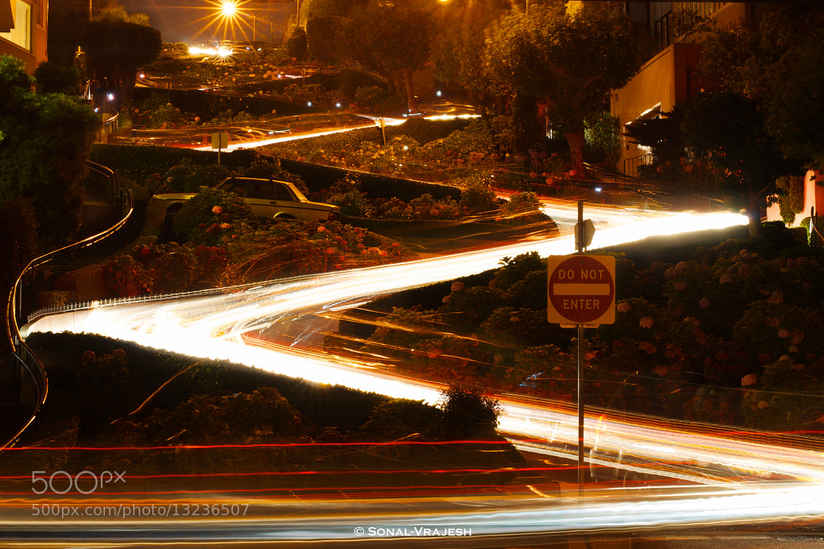 Photograph Streak @ Lombard Street by Sonal Vrajesh on 500px