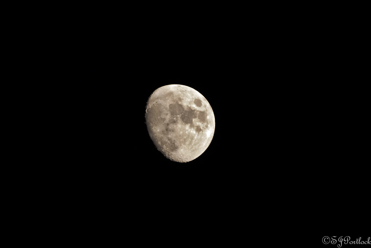 Photograph The Moon  by Stephen Portlock on 500px