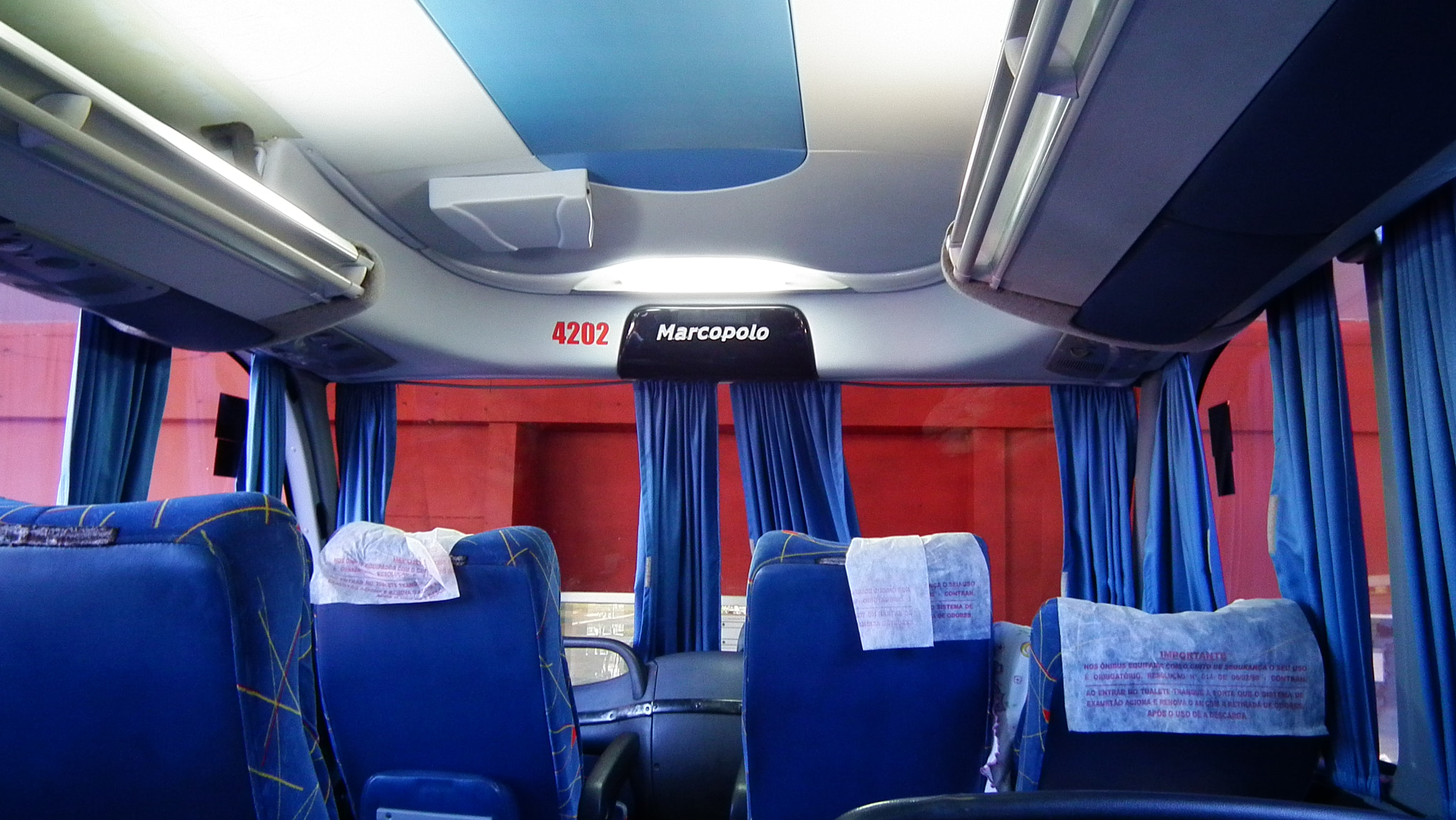 Photograph Bus in Red and Blue by Eduardo Rolim on 500px