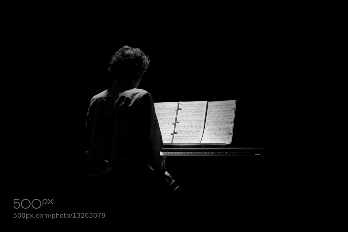 Photograph The Pianist by Amanda Machado on 500px