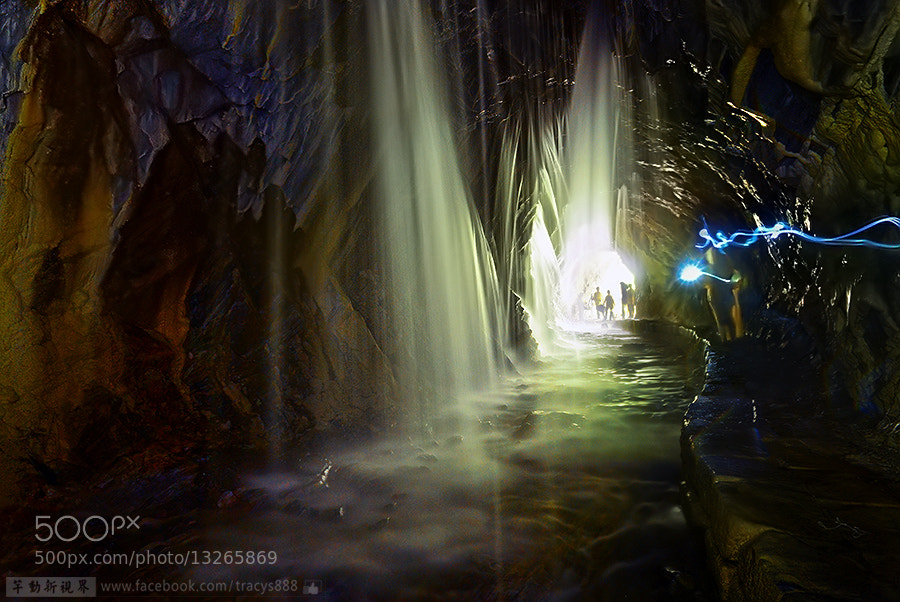 Photograph Water Curtain Cave by 芊芊 劉 on 500px